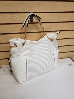 White hobo bag for Sale in Miami, FL