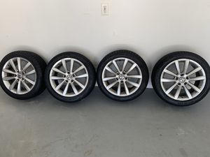 Volkswagen eom rims with tires for Sale in Weston, FL
