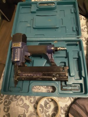 Pneumatic air staple and nail gun for Sale in Waynesville, MO
