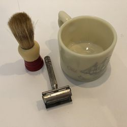 Mens Shaving Set Vintage Old Spice for Sale in Horseshoe Beach,  FL