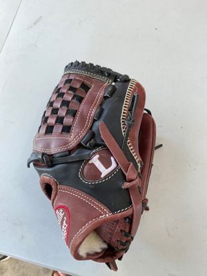Louisville slugger evolution baseball glove 1200 for Sale in San Jose, CA