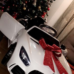 🎉!!BRAND NEW 12V LUXURY REMOTE CONTROL Electric Kid Ride On Car Power Wheels Mercedes Benz GTR with LEDs,USB and MP3 and Bluetooth and FM for Sale in Whittier, CA