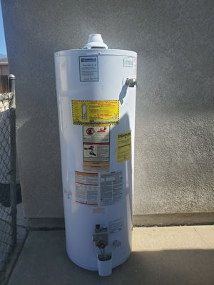 50 gallon water heater for Sale in Yucaipa, CA