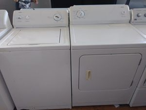 Kenmore top load washer with electric dryer set for Sale in Cleveland, OH
