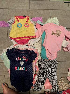 Girls clothes 0-3 months for Sale in Groveland, FL