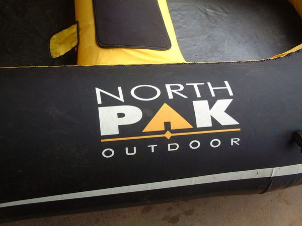 Inflatable Boat, Wood Transom, Northpak Heavy Duty, Oars, Carry Bag.
