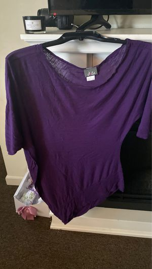 Size Small Tunic purple for Sale in East Hartford, CT