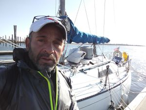 7233 foot Morgan sailboat and in good condition for Sale in Lynn, MA