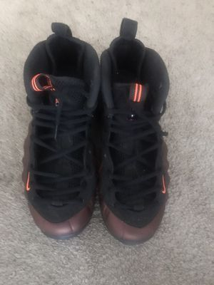 Nike Foamposite sz 9.5 for Sale in Clinton Township, MI