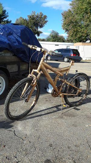 Montrose mountain bike for Sale in North Chesterfield, VA