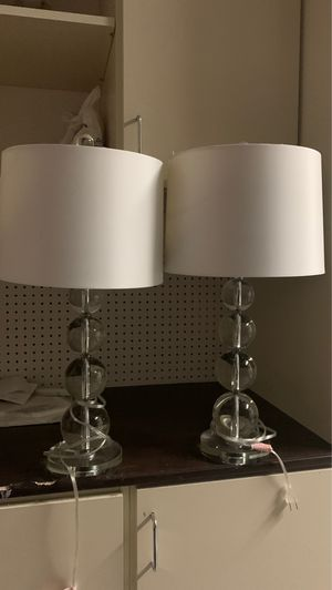 2 table lamps for Sale in Canyon Country, CA