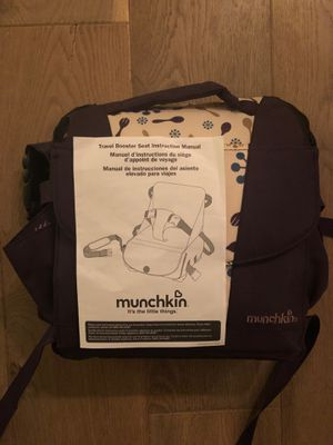 Munchkin travel booster seat for Sale in Costa Mesa, CA