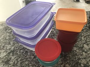 Tupperware ware boxes, Pyrex bowls and 3 storage containers for Sale in Irving, TX