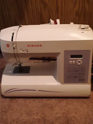 Singer 6100 Series Sewing Machine and Accessories for Sale in Washougal, WA