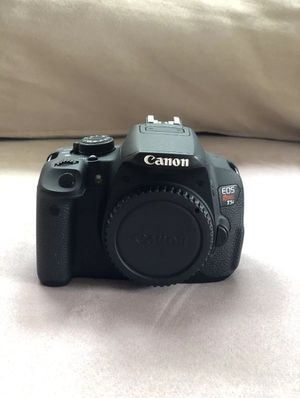 Canon T5i Body Only for Sale in Lincolnia, VA