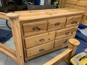 King Size Bed and matching 7 drawer dresser for Sale in Norco, CA