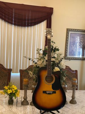 Huntington electric acoustic guitar with metal strings for Sale in Cudahy, CA