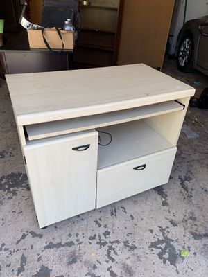 Tv stand for Sale in Ripon, CA