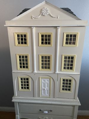 Doll house and dolls for Sale in Santa Maria, CA