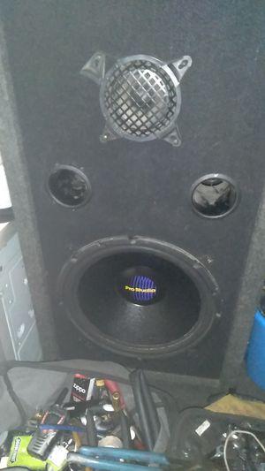 Pro studio 15 inch speaker for Sale in Denver, CO