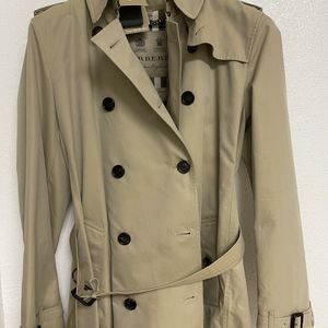 BURBERRY LONDON for Sale in Coral Gables, FL