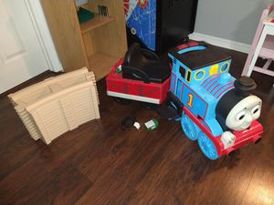 Thomas the Tank and Friends sit and ride train with tracks Peg Perego for Sale in Alafaya, FL