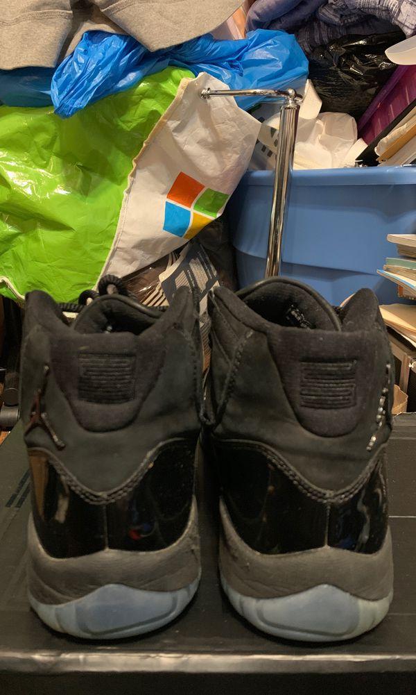 "Air Jordan 11 ""Prom Night"" size 9"