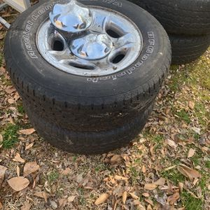 Tires and rims Ford F-150 5 Lug for Sale in Burke, VA