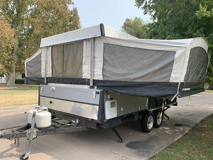 Fleetwood Scorpion S2 Folding Toy Hauler Camper 2006 for Sale in Phoenix, AZ