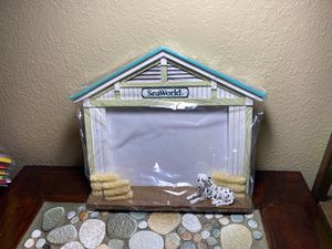 SeaWorld Picture Frame House Dalmatian & Haystacks for Sale in Perris, CA