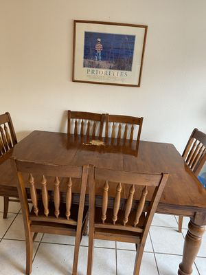 Kitchen table for Sale in Stanton, CA