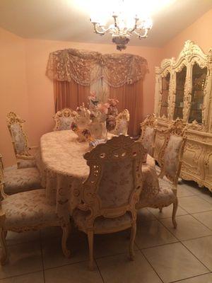 BEAUTIFUL VINTAGE FURNITURE & More for Sale in Port Charlotte, FL
