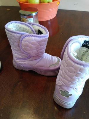 Girls winter boots for Sale in Taylor, MI