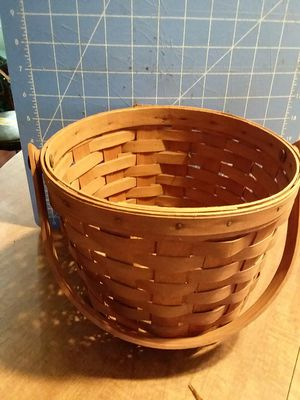 Longaberger basket for Sale in Big Sandy, TX