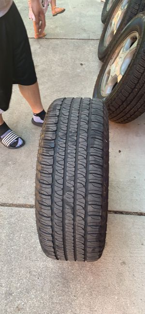 Trail blazers rim and tires for Sale in Dearborn, MI