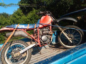 Honda dirt bike 200xr for Sale in Houston, TX