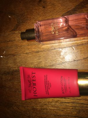 "Brand "" Hottest "" Beyoncé body lotion Nd perfume for Sale in Salinas, CA"