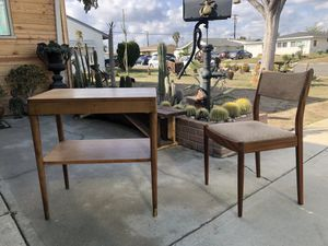 Noncraft Grand rapid table vintage 🪑 for Sale in Garden Grove, CA