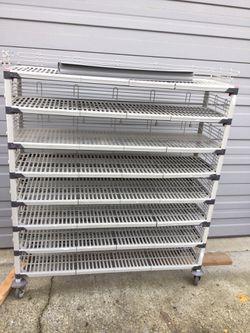 Metro Max Q Rolling Shelf / Shelving Unit for Sale in Kent,  WA