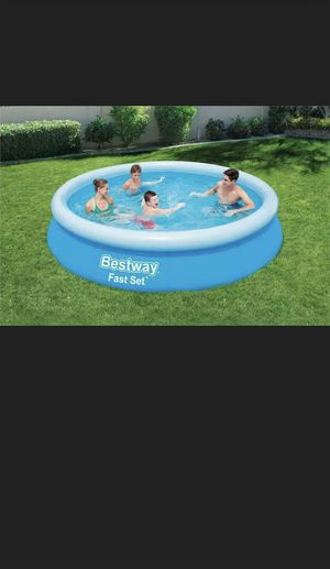 Bestway 12 x 30 Fast Set Inflatable Above Ground Pool for Sale in Atlanta, GA