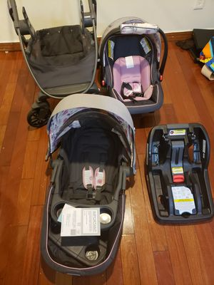 Car seat and stroller. 1 new , 1 used like new for Sale in Newark, NJ
