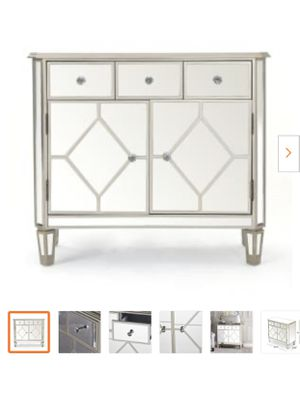 Mirrored 3 drawer cabinet for Sale in Turlock, CA