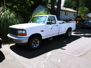 1993 4x4 Ford F150 6 cylinder for Sale in Vancouver, WA