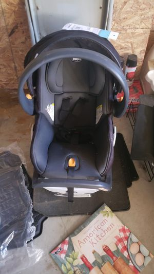 Chicco fit2 car seat for Sale in Lompoc, CA