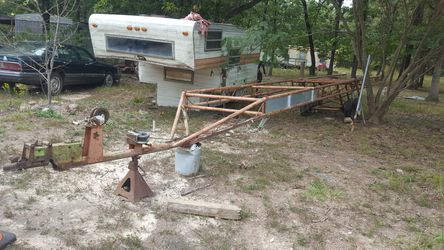 Used Pontoon boat trailer for Sale in Stover,  MO
