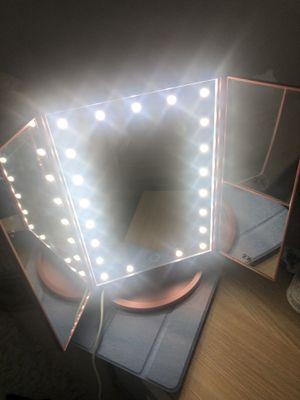 Lighted Vanity Makeup Mirror for Sale in Miami Beach, FL