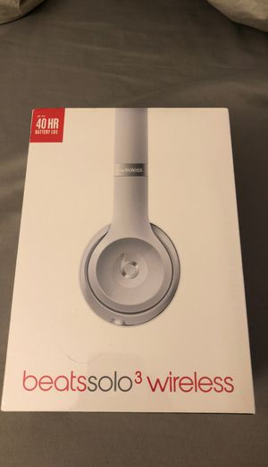 Beats Solo3 Wireless Silver Headphones for Sale in Fremont, CA