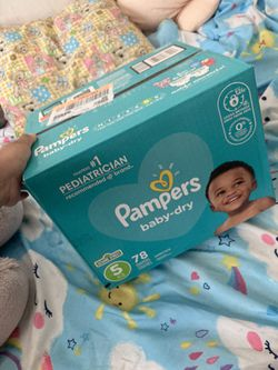 Pampers Size 5 for Sale in Charlotte, NC