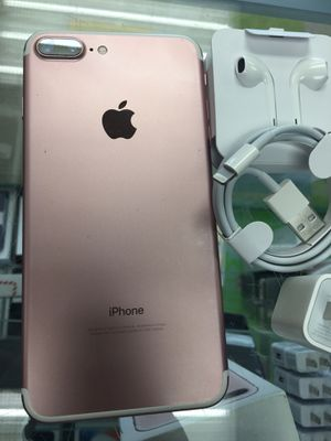 Factory Unlocked iphone 7 plus 128GB. Excellent Condition. for Sale in Cambridge, MA