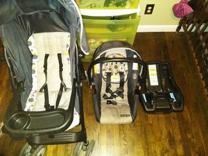 Graco travel system for Sale in Pueblo, CO